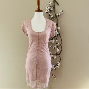 Retro Doll Mauve Lace Bodycon with Back Cutout